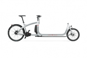 triobike-cargo-big-silver-enviolo-supernova-lights-side